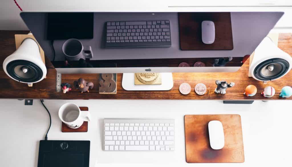 mac masaüstü, mac bilgisayar, webolizma dijital reklam ajansı, webolizma dijital reklam, google adwords, mac bilgisayar ve klavye