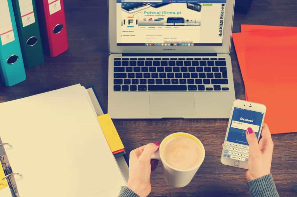 facebook reklamları, sosyal medya kullanımı, reklamcılık