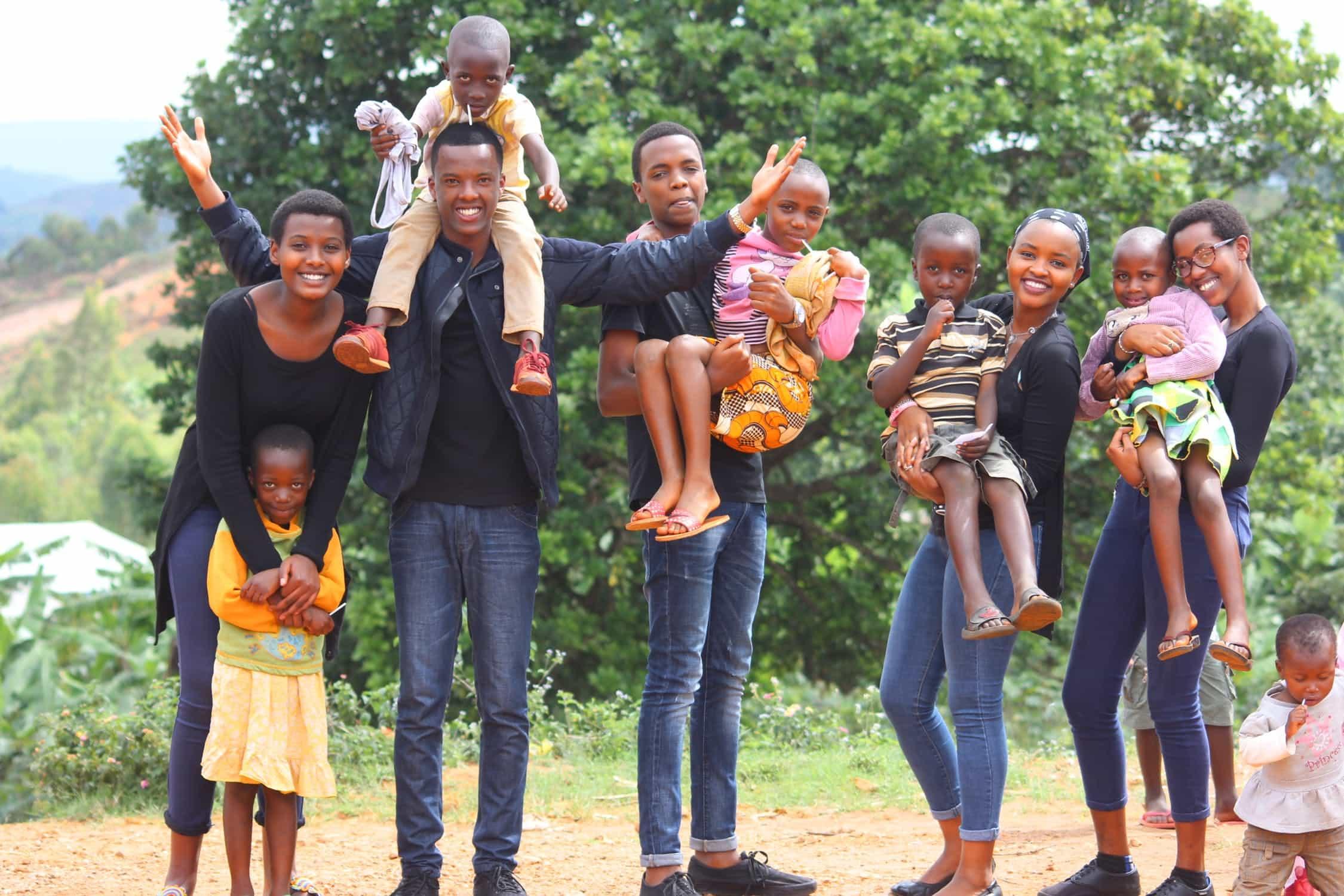 Kids Marketing Kalabalık Aile