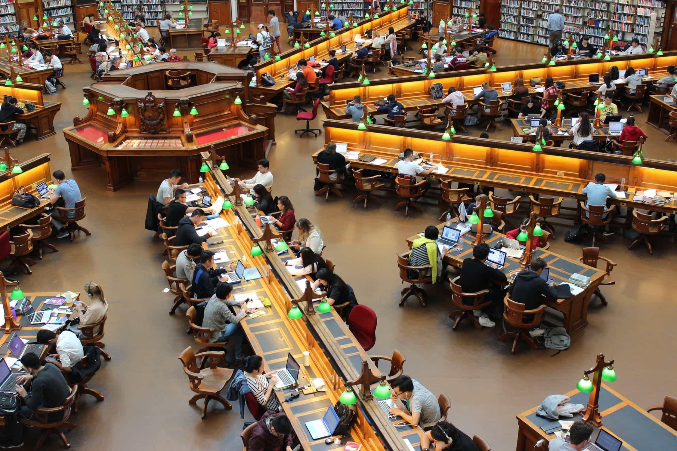 Üniversitelerde Dijital Dönüşüm