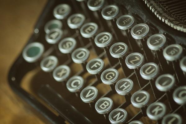 Blog-Yazmak-Sandiginizdan-Cok-Daha-Buyuk-Bir-Sorumluluktur_2b